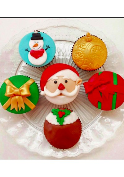 Assorted Christmas Cupcakes I