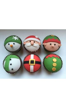 Traditional Christmas Cupcakes