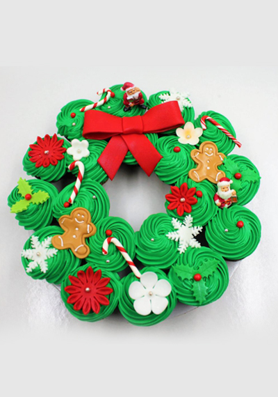 Xmas Wreath Christmas Cupcake