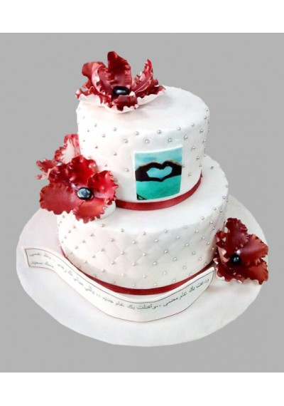 Red Decor Wedding Cake