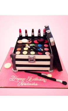 Make Up Kit Cake II