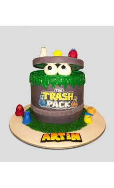 Trash Pack Cake