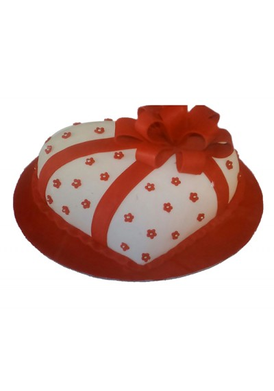 Heart With Bow Valentine Cake