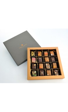 Classic Sleeve Box: Assorted French chocolates