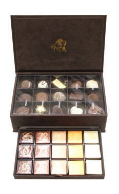 Godiva Chocolate Small Royal Box
