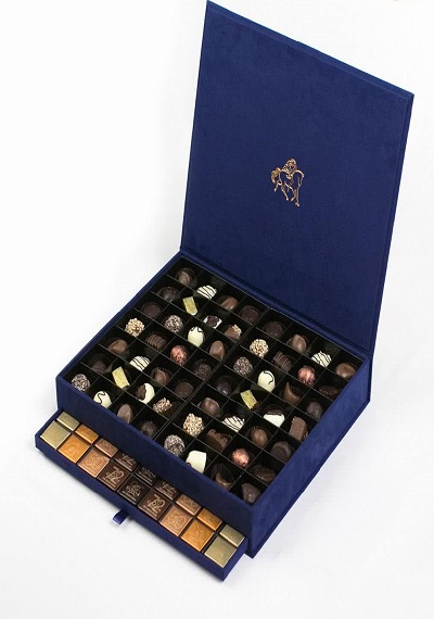 Godiva Chocolate XL Royal Box