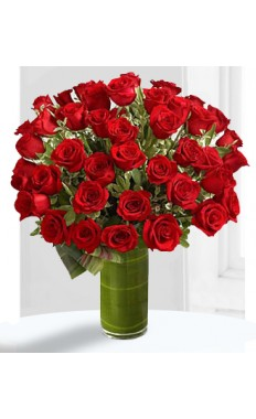 Fate Luxury Rose Bouquet  75 Roses