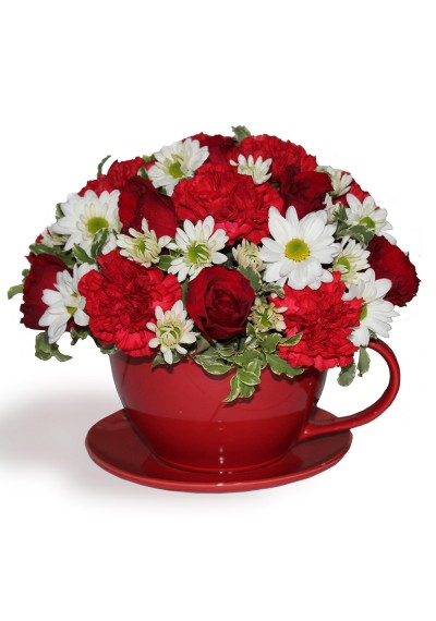 Red Teacup Arrangement