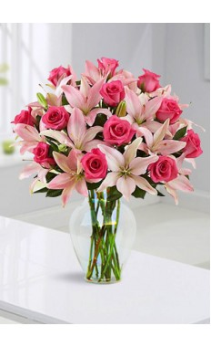 Spectacular Pink Rose and Lily
