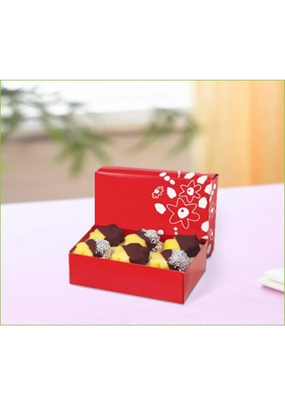 6 Dipped Daisy All Coconut Box