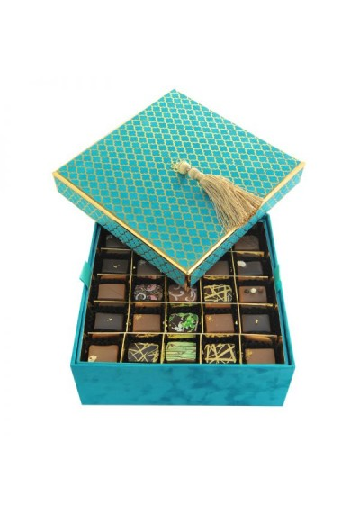 Velvet Box in Blue Caraibes, 2 layers: 50 pieces of the Premium Assorted Chocolates