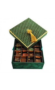 2 layers: 32 pieces of the Best Sellers Varied Chocolate Pieces  by Forrey and Galland