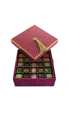 2 layers: 50 pieces of the Best Sellers assorted Chocolate